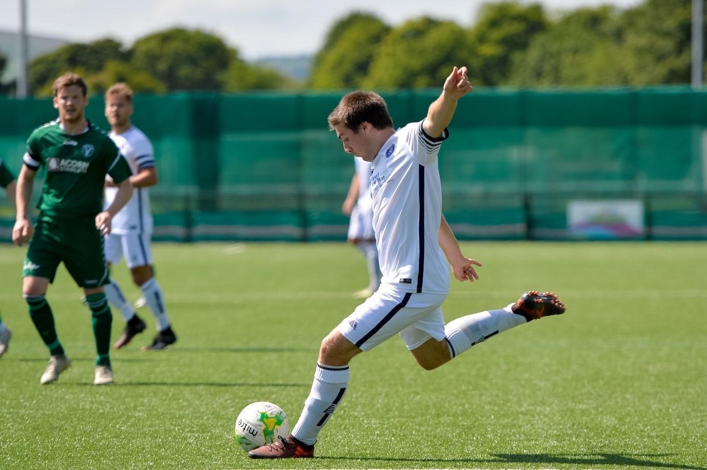Goals galore as Ilkley thrash Boroughbridge